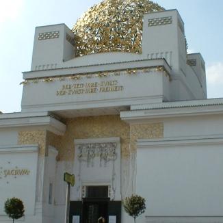Vienna 050_Secession (fregio di Beethoven di Klimt)